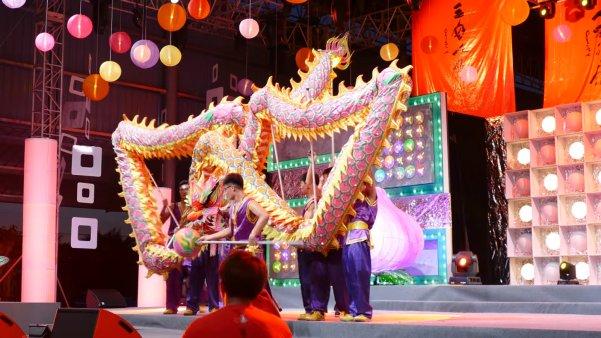 Jenjarom Lights Lit Weih Cny Lantern & Floral Festival - World Of Buzz 14