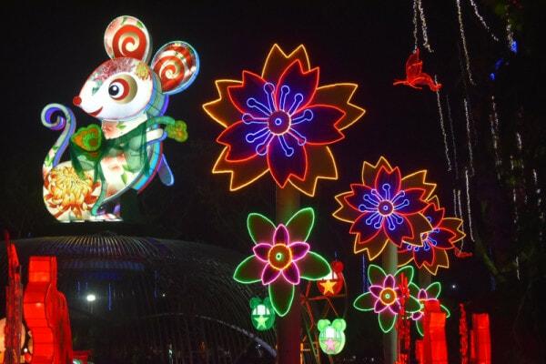 Jenjarom Lights Lit Weih Cny Lantern & Floral Festival - World Of Buzz