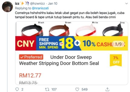 M'sian Girl Lines Up Mothballs to Prevent Cockroaches From Entering Her Room, Netizens Are Entertained - WORLD OF BUZZ 1