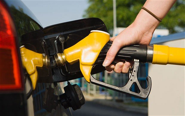 M'sian Gov Postpones Targeted Petrol Subsidy Programme Indefinitely, Prices Will Use Same Formula - WORLD OF BUZZ 1