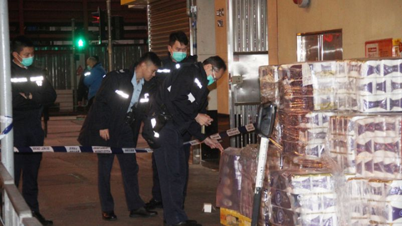 Armed Robbers Steal 600 Toilet Rolls Worth Over RM500 Amidst Coronavirus Panic - WORLD OF BUZZ