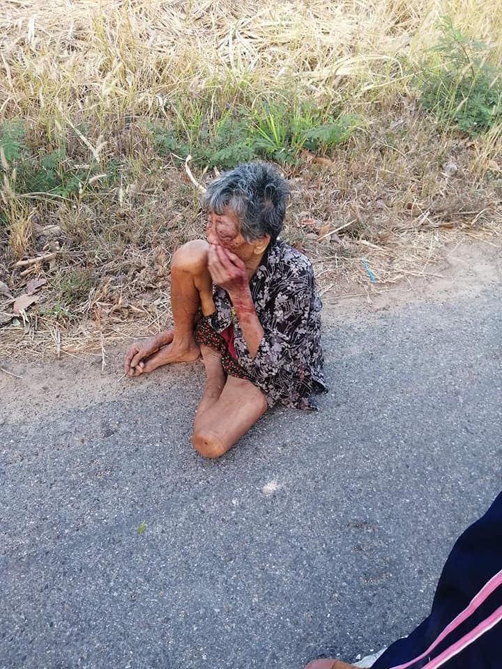 Drunk Grandson Violently Abuses His Grandmother, Forcing Her To Run From Home & Sleep On Streets - WORLD OF BUZZ 1