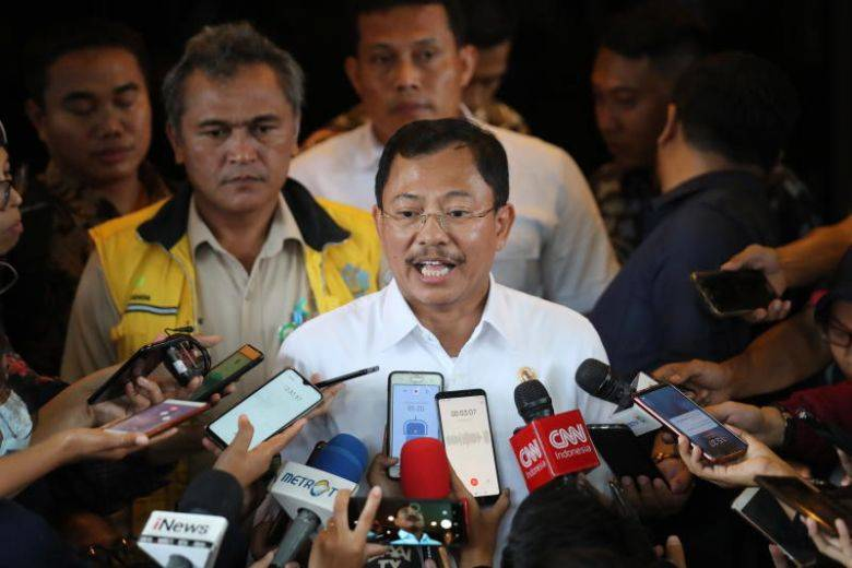 """""""It's Because of Our Prayers,"""" Indonesia's Health Minister Explains Why They Don't Have Coronavirus - WORLD OF BUZZ"""