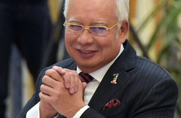 Najib Demands That Parliament Be Dissolved Immediately & We Wonder Why... - WORLD OF BUZZ
