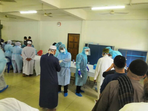 19 Health Workers From Public And Five From Private Hospitals Hit With Covid-19 - WORLD OF BUZZ 1