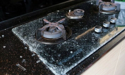 Glass-Top Stove Suddenly Shatters When Not In Use, Shards Fly 5 Metres Into Living Room - WORLD OF BUZZ 3