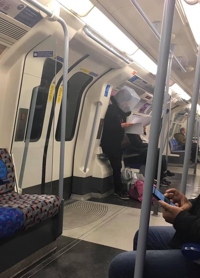 Hilarious Photos Shows Creative Ways Londoners Use to Avoid Being Infected with Covid-19 - WORLD OF BUZZ 5