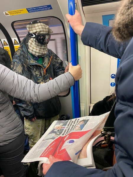 Hilarious Photos Shows Creative Ways Londoners Use to Avoid Being Infected with Covid-19 - WORLD OF BUZZ 8