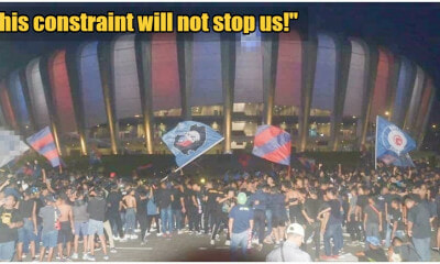 M'sian Football Fan Club Disobeys Mass Gathering Advice, Cheers Outside Stadium For 90 Minutes - WORLD OF BUZZ 6
