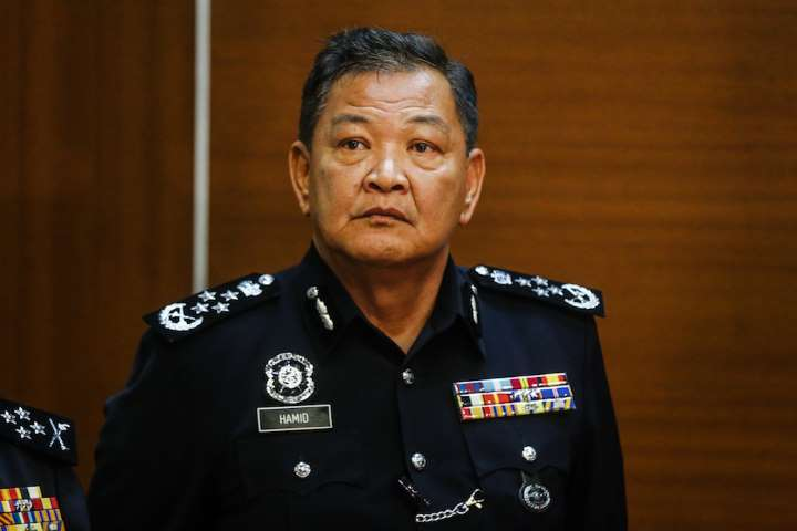 PDRM Will Take Action Against M'sians Who Take Pictures Or Record Videos Of Officers On Patrol - WORLD OF BUZZ 1